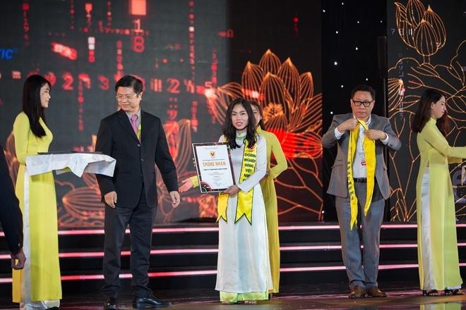 Nhua Long Thanh dat danh hieu Hang Viet Nam chat luong cao 2019 hinh anh 1