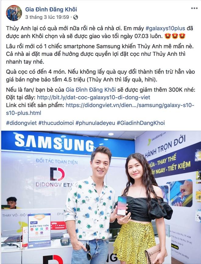 Sao Viet hao huc chon Galaxy S10, S10 Plus lam qua tang 8/3 hinh anh 1