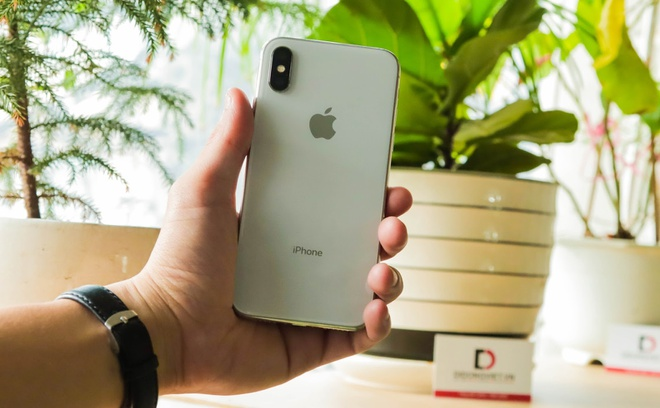 iPhone XS Max, Galaxy S10 Plus - smartphone cho nguoi thich chup anh hinh anh 2