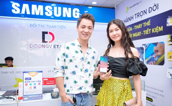 iPhone XS Max, Galaxy S10 Plus - smartphone cho nguoi thich chup anh hinh anh 4