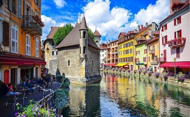 Annecy - lang co xinh dep duoc menh danh 'Venice nuoc Phap' hinh anh 4