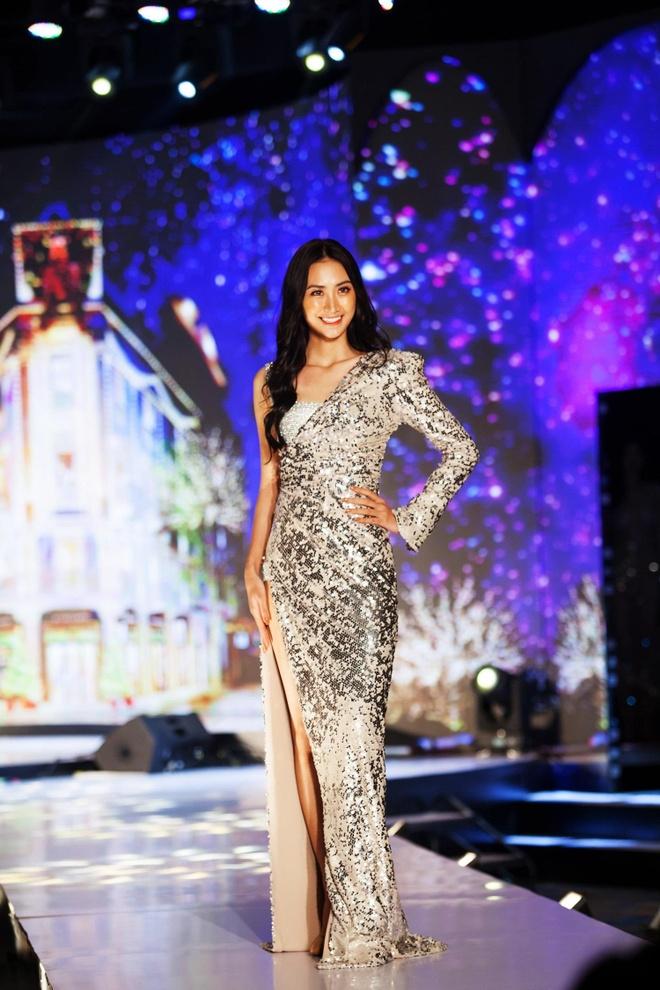 Wonder Fashion Show tai hien Paris hoa le tai Ha Long hinh anh 4