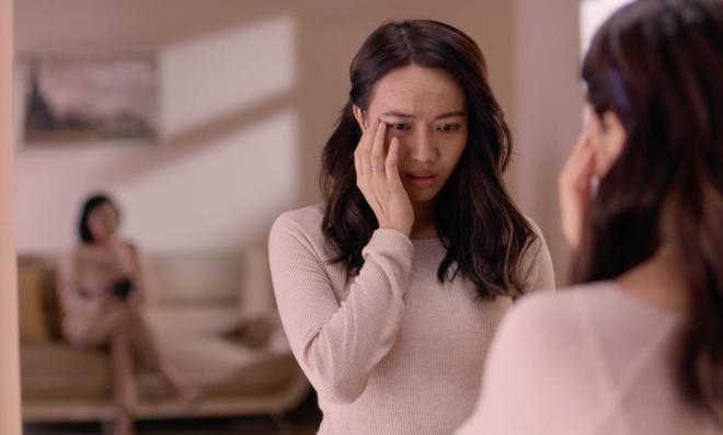 Dieu Nhi, Hoang Thuy Linh ru nhau xem boi 'cai van' trong clip moi hinh anh 2