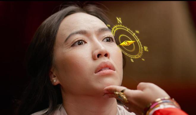 Dieu Nhi, Hoang Thuy Linh ru nhau xem boi 'cai van' trong clip moi hinh anh 5