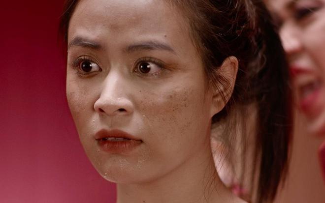 Dieu Nhi, Hoang Thuy Linh ru nhau xem boi 'cai van' trong clip moi hinh anh 6