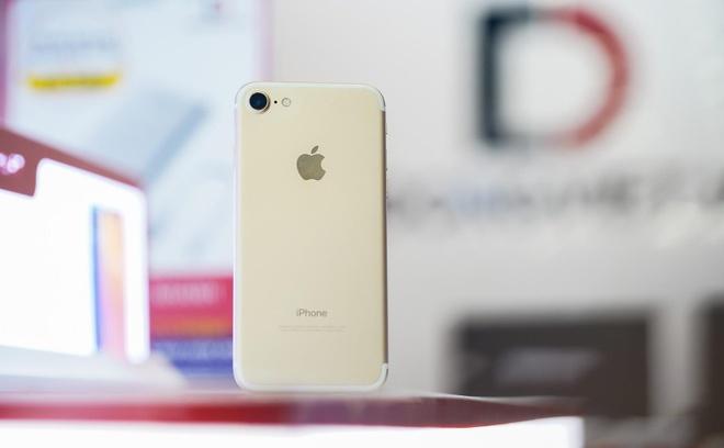 5 iPhone cu dang mua nhat trong thang 4 tai Di Dong Viet hinh anh 2