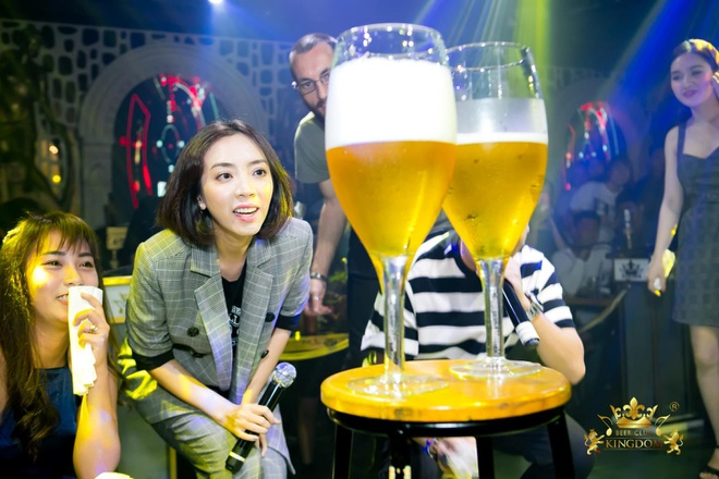 Thu Trang cung khan gia an mung 'Chi Muoi Ba' thang lon ve doanh thu hinh anh 3