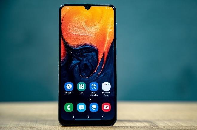 Samsung Galaxy A50 giam 1,3 trieu dong tai Di Dong Viet hinh anh 2