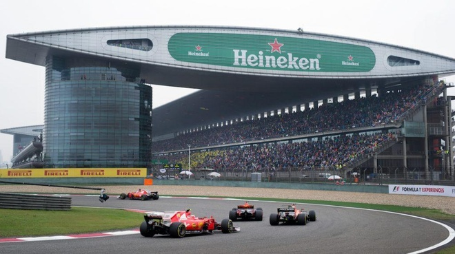 Truoc gio ban ve F1 o Viet Nam: Ve F1 the gioi dat co nao? hinh anh 1