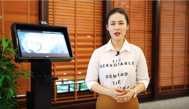 Video - Du khach thich thu 'check-in bang mat' tai Nha Trang hinh anh