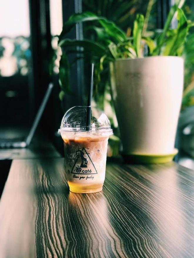 Khong gian check-in an tuong tai Cafe 69 hinh anh 6