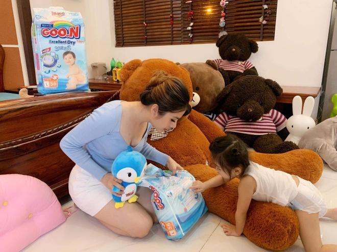 Van Trang: 'Me thong thai se chon duoc nhung dieu tot nhat cho con' hinh anh 2