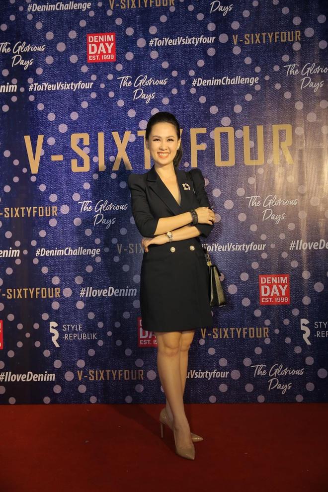 V-SixtyFour ra mat BST he 2019 voi chat lieu denim chu dao hinh anh 10