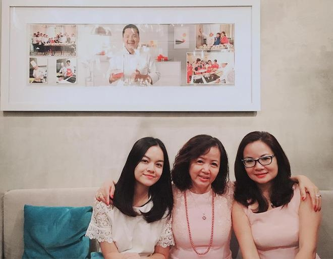 Ca si Pham Quynh Anh: 'Me luon dong hanh ben toi suot 20 nam lam nghe' hinh anh 1