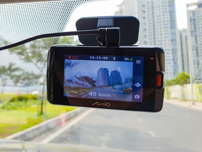 Camera hanh trinh Mio anh 1