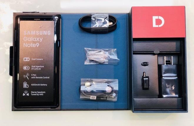 Galaxy Note 9 giam thang 7 trieu dong trieu dong tai Di Dong Viet hinh anh 3
