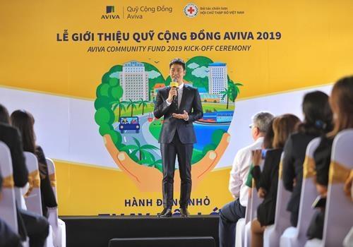 MC Phan Anh: 'Toi truong thanh tu hoat dong cho cong dong' hinh anh 3