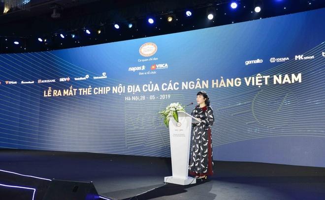Vietcombank ket hop Napas trien khai the chip noi dia tai Viet Nam hinh anh 2