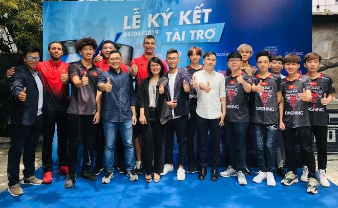 Dashing tai tro cho Saigon Heat va Dashing Buffalo mua giai 2019 hinh anh 3