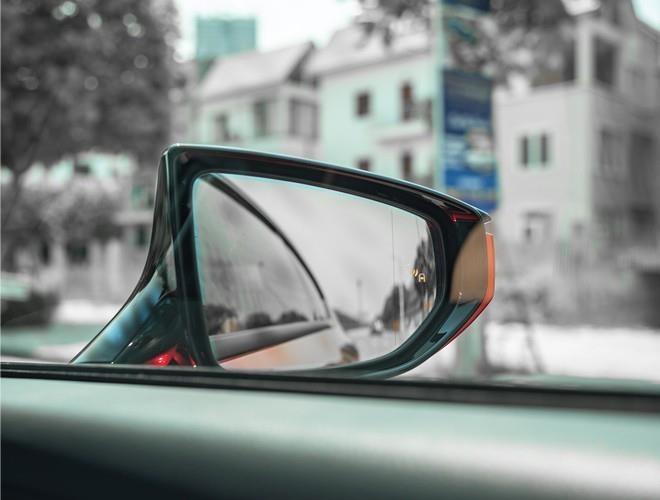 Giai ma ly do Lexus RC 2019 'hut hon' khach hang Viet tre tuoi hinh anh 4