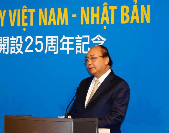 Vietnam Airlines ky niem 25 nam duong bay Viet Nam - Nhat Ban hinh anh 2