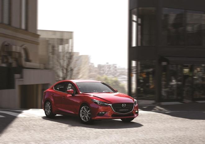 Mazda3 vuot moc 50.000 xe, trong top 10 oto ban chay nhat hinh anh 2