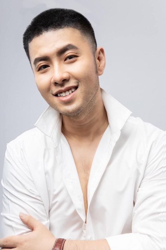 2 lan chan thuong day chang, Akira Phan khong the tap gym giam beo hinh anh 4