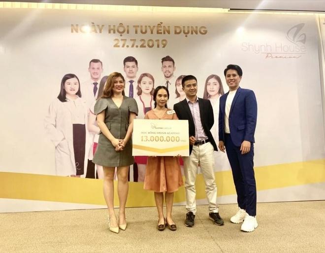 Shynh House Premium Da Nang thu hut hang tram ung vien xin viec lam hinh anh 5