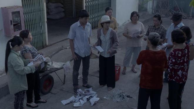 'Ban chong' - thuong vu kich tinh va day nuoc mat hinh anh 2