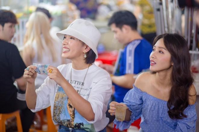 Châu Bùi lộ biệt tài trả giá trong show thực tế cho giới trẻ
