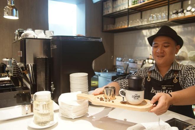Khi ca phe tro thanh van hoa tai The Coffee Club Viet Nam hinh anh 2