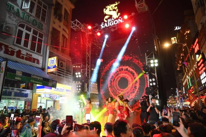 Bia Saigon cung gioi tre lan toa tinh than duong pho voi 'Dem Sai Gon' hinh anh 5