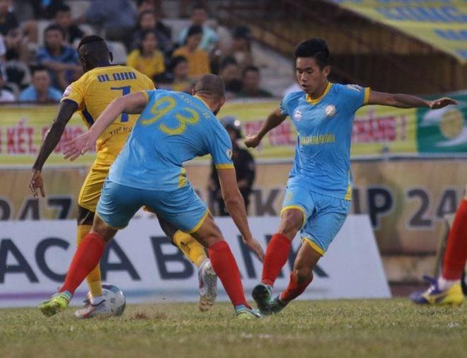 Nhom cuoi cang thang tai vong 21 Wake-up 247 V.League 1-2019 hinh anh 1