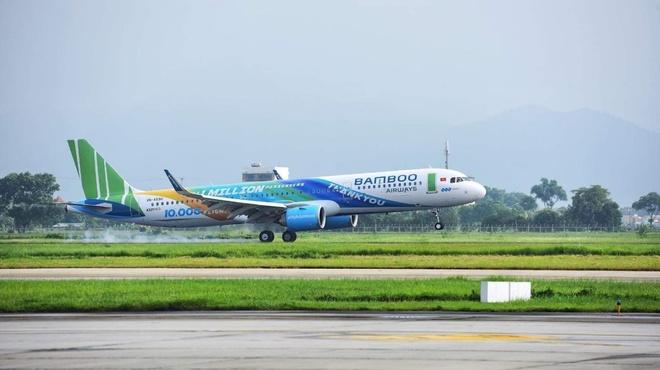 Bamboo Airways don chuyen bay thu 10.000 sau mot nam ra mat hinh anh 1