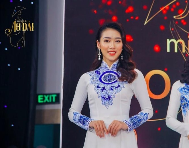 S.T Son Thach khuay dong le trao giai cuoc thi anh Miss Ao dai 2019 hinh anh 7