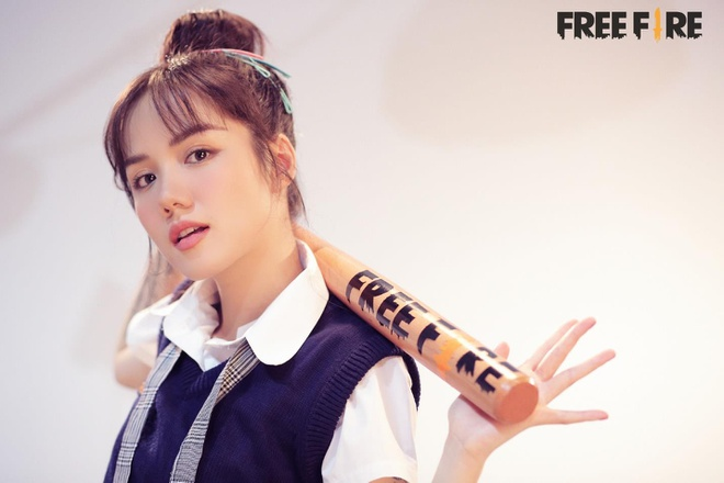 'So close' - MV danh dau su thay doi phong cach cua Phuong Ly va Binz hinh anh 1