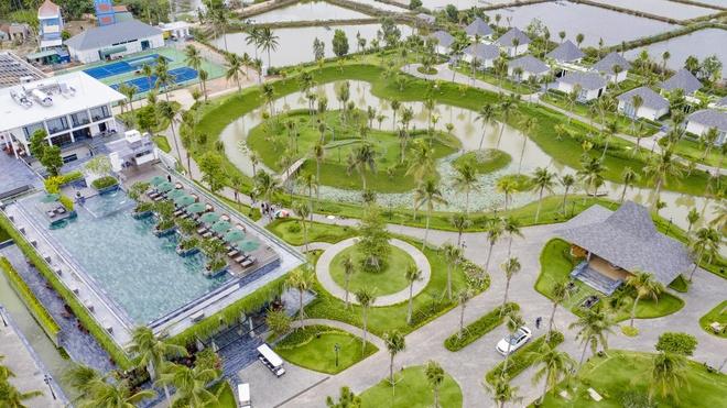Khai truong ho boi vo cuc tai Cocoland River Beach Resort & Spa hinh anh 1