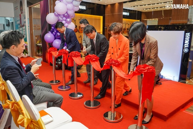 Yamaha Music VN khai truong cua hang dau tien tai AEON Mall Tan Phu hinh anh 1