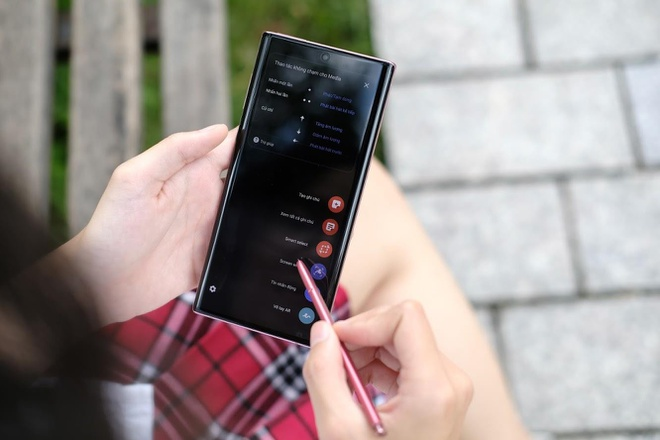 S Pen tren Samsung Galaxy Note ma ban tung biet da rat khac hinh anh 1
