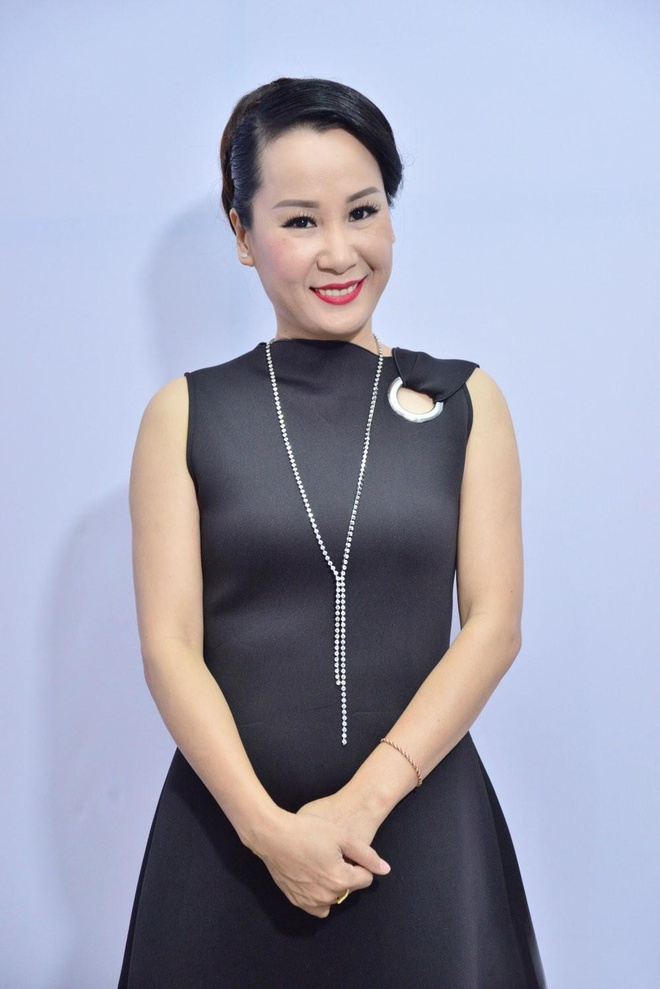 Giang Son lam giam khao cuoc thi ca hat 'Amazing Music' hinh anh 4
