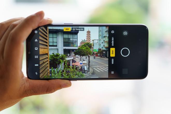 Realme 5 - smartphone 4 camera, pin 5.000 mAh, gia hon 4 trieu hinh anh 1