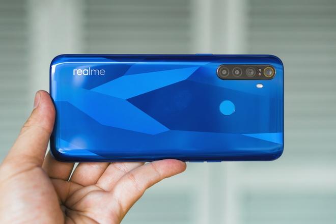 Realme 5 - smartphone 4 camera, pin 5.000 mAh, gia hon 4 trieu hinh anh 3