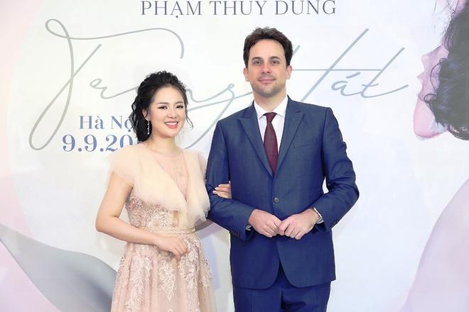 Ca si Pham Thuy Dung: 'Chi lam concert khi du chin va ban linh' hinh anh 3