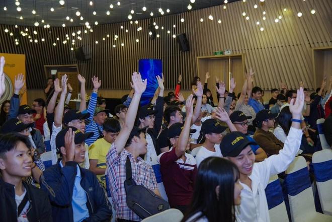 Fan Viet trai nghiem som Realme 5 Pro 4 camera truoc ngay ra mat hinh anh 5