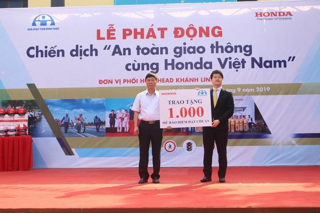 Honda VN to chuc chien dich an toan giao thong lan 5 tai Vinh Phuc hinh anh 1