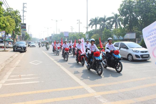 Honda VN to chuc chien dich an toan giao thong lan 5 tai Vinh Phuc hinh anh 7