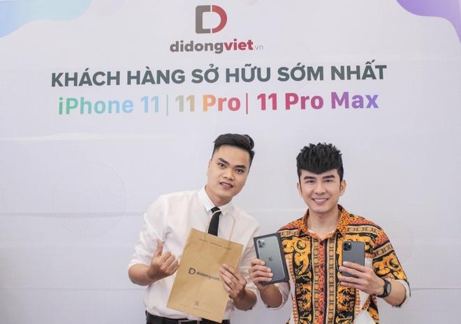 Cach Shark Hung va sao Viet chon iPhone 11 Pro Max hinh anh 2