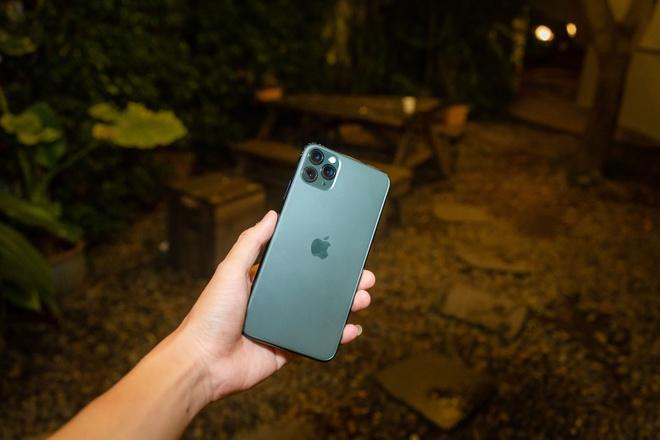 Cach Shark Hung va sao Viet chon iPhone 11 Pro Max hinh anh 3
