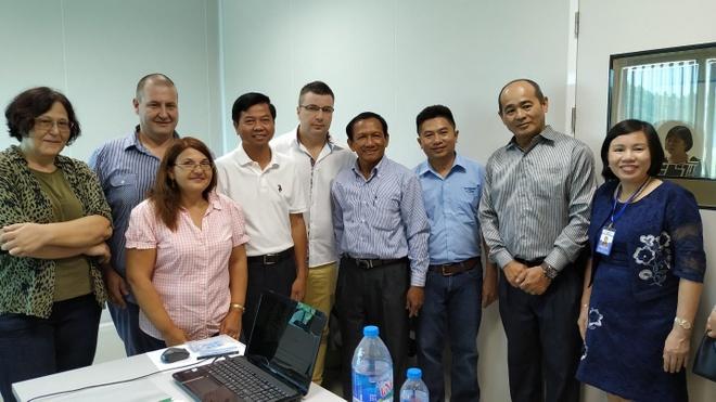 HDPharma tiep don dai bieu Bo Y te Campuchia va Karuna Pharma hinh anh 3