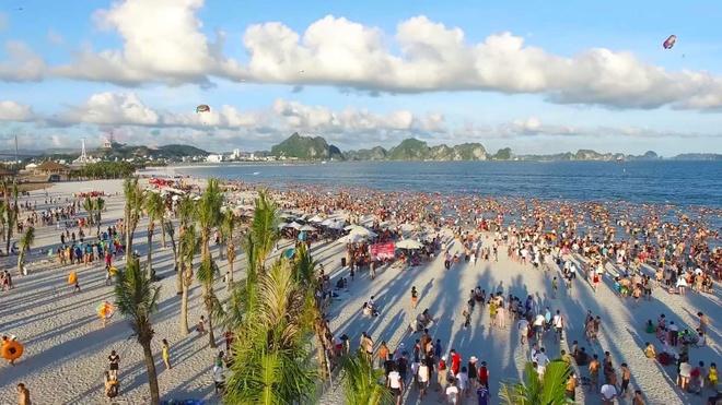 Quang Ninh - tu tinh 'vang den' den diem du lich duoc ua chuong hinh anh 1  Quảng Ninh – từ tỉnh 'vàng đen' đến điểm du lịch được ưa chuộng viber image